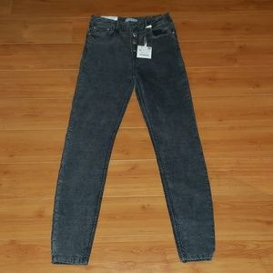 NWT~ ZARA WOMAN~ BUTTON FLY HI RISE SKINNY JEANS